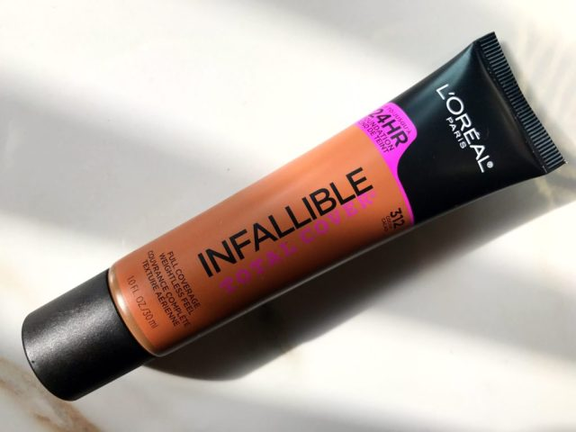 4 Foundations for Dry Skin: L'Oreal Infallible Total Cover Foundation Review