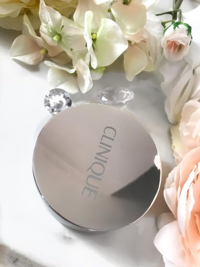 Best Foundation of 2017: Clinique Beyond Perfecting Foundation + Concealer Powder