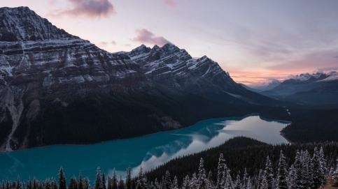 Mountains-During-Dusk