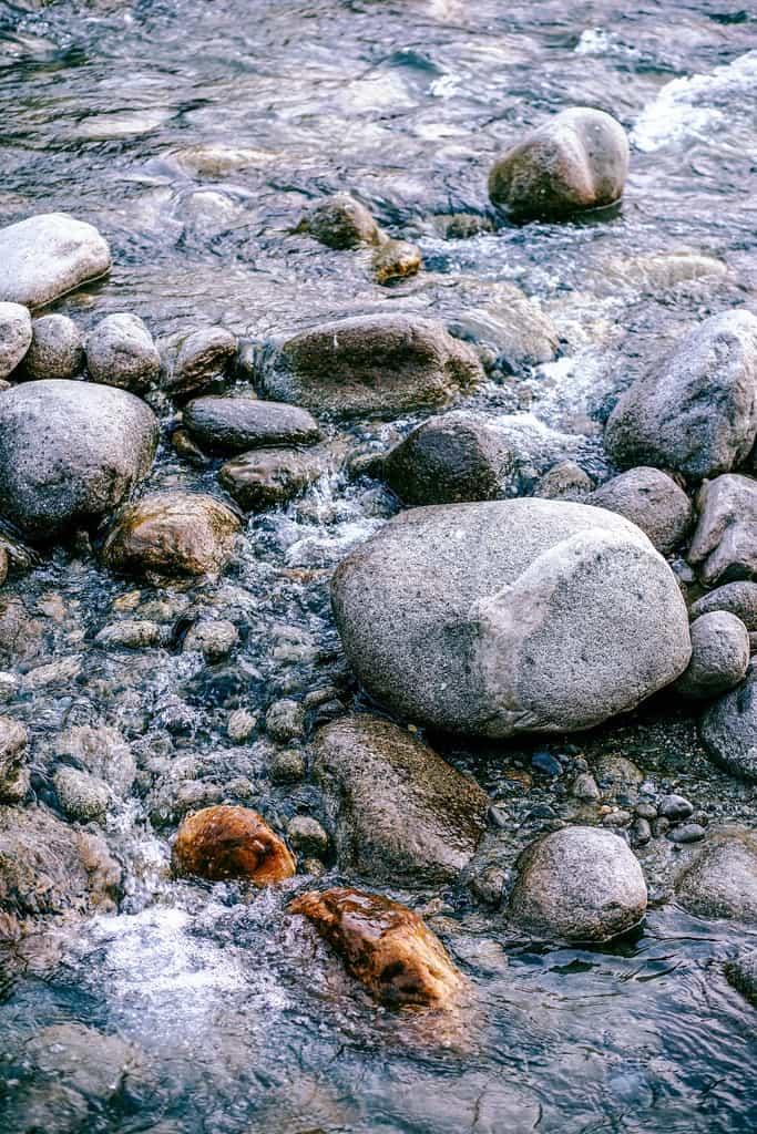 Manali-River-Flow