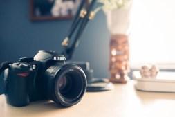 DSLR-Camera-min