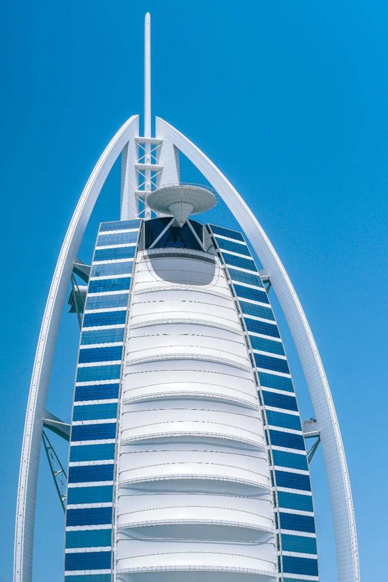 Beautiful-Photograph-of-the-Burj-Al-Arab-Hotel-in-Dubai