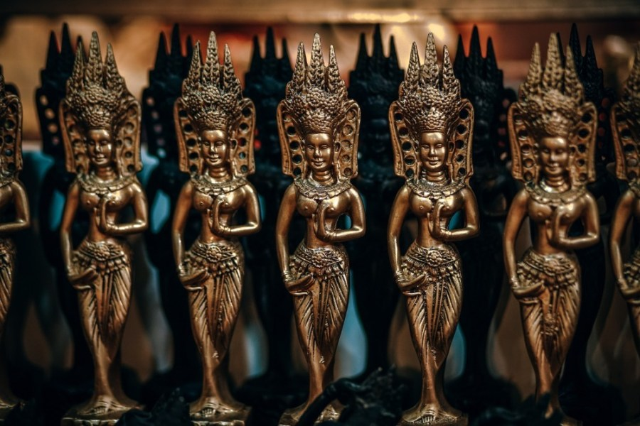 Mini-Golden-Cambodian-Brass-Statues-for-Sale-at-the-Night-Market-in-Cambodia