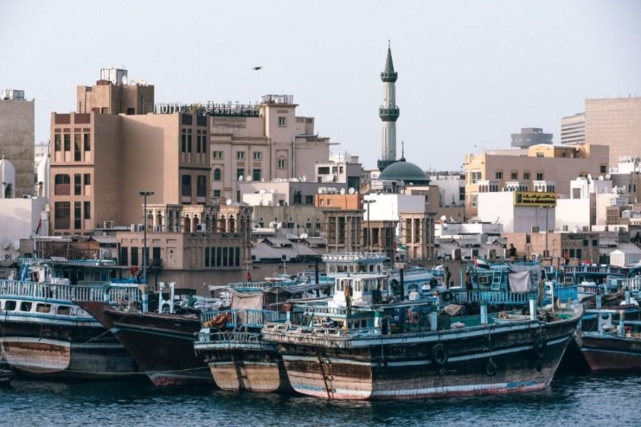 Shipping-Yard-in-Old-Dubai