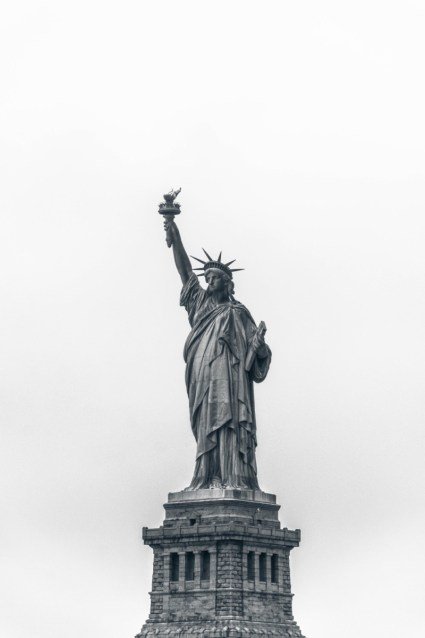 Black-and-White-Photograph-of-the-Statue-of-Liberty