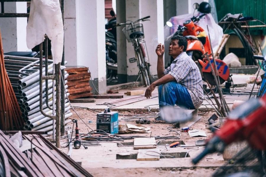 Construction-Worker-Taking-a-Smoke-Break
