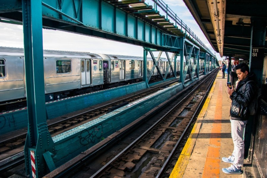 Man-Waiting-for-the-Subway-in-New-York-City