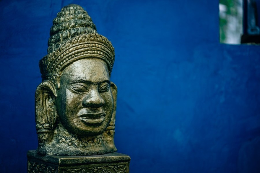 Medium-Sized-Replica-of-a-Buddhist-Head-Statue