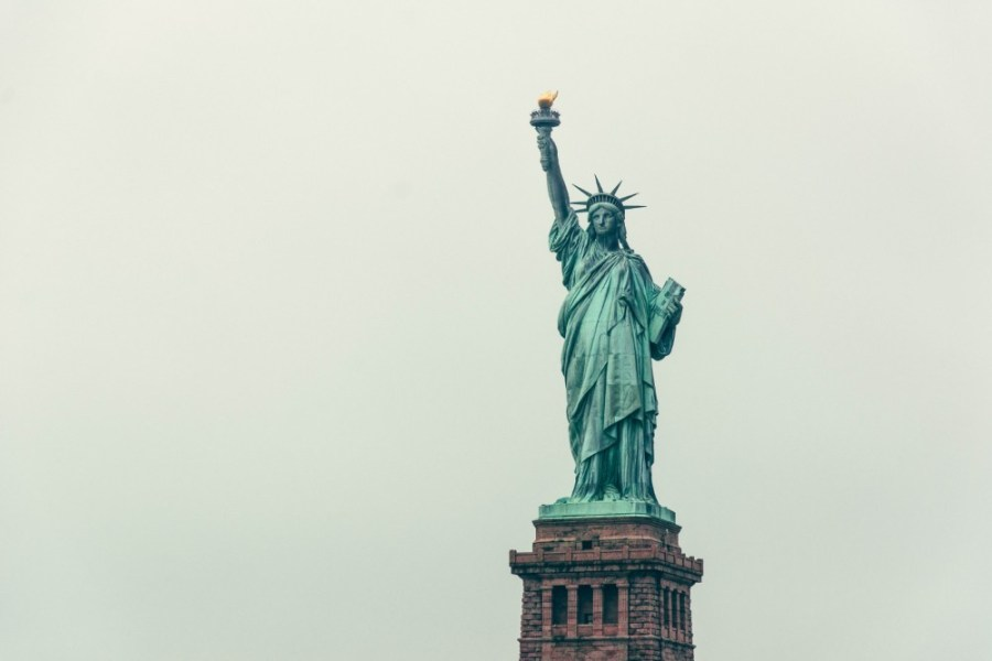 The-Statue-of-Liberty-with-the-Grey-Sky-in-the-Background