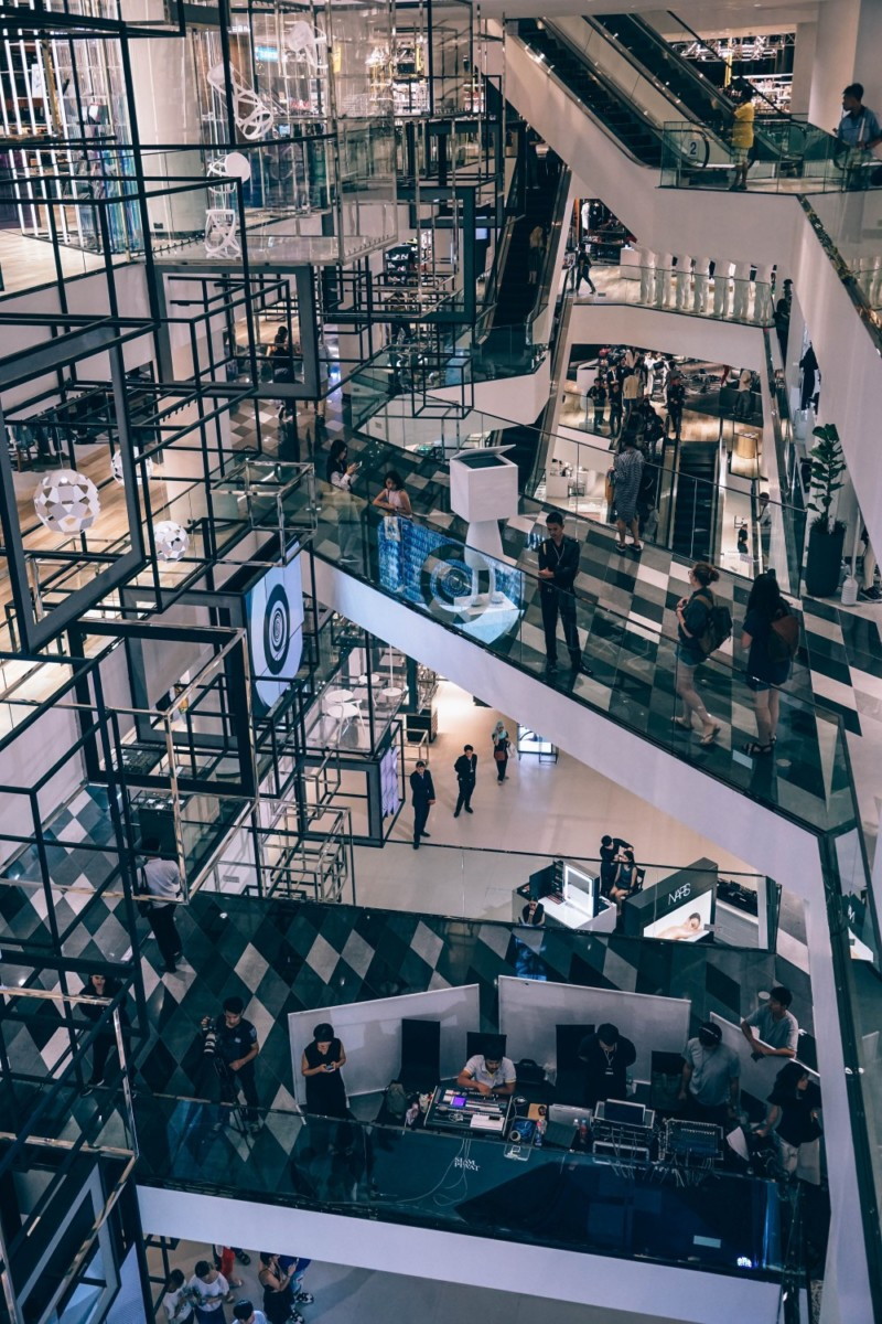 Multiple-Floors-inside-the-Siam-Discovery-Mall-in-Bangkok