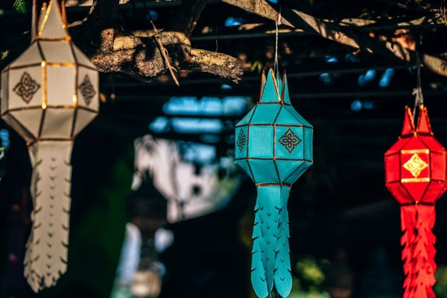 Red-Blue-and-White-Decorative-Lanterns-at-the-Doi-Suthep-Temple
