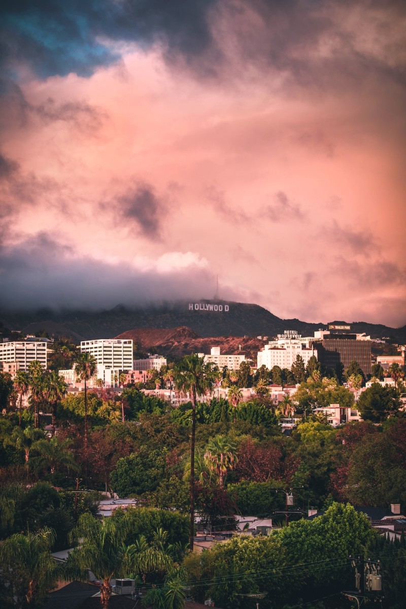 Hollywood-sign-from-Los-Angeles
