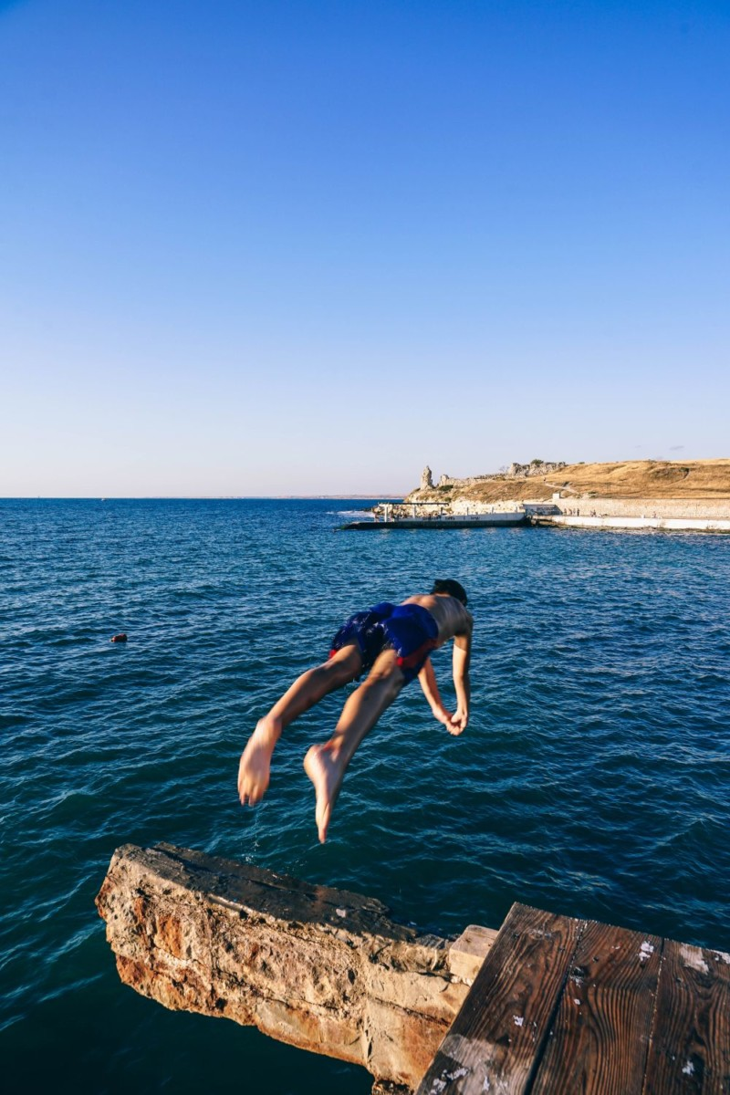 Man-Jumping-into-the-Sea