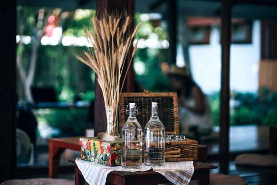 Water-Bottles-and-a-Vase-full-of-Wheat-at-the-Magokoro-Japanese-teahouse