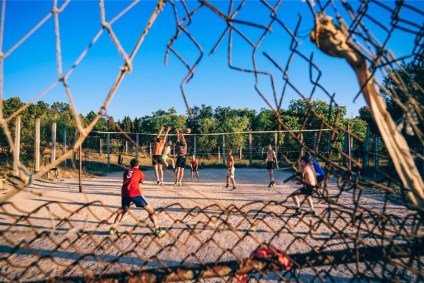 Young-People-Playing-Volleyball-in-Sevastopol