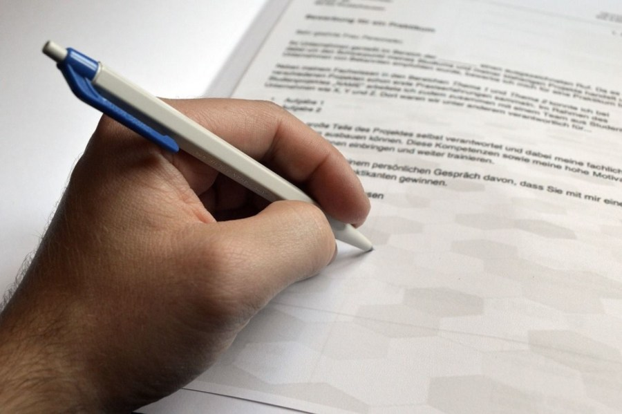letter-of-application-3685417_1280