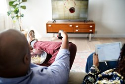What are currently the best services for online streaming