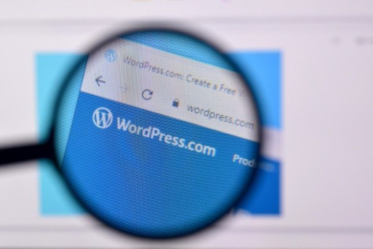 9 WordPress Plugins Developed with AI to improve website