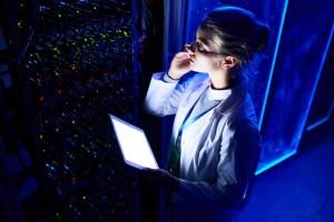 female scientist in data laboratory DSBQ