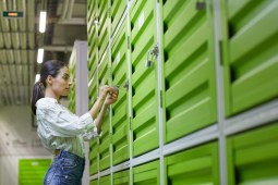 Benefits of Renting a Storage Unit for University Students