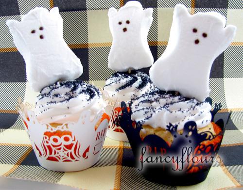 pumpkin_peeps_cupcakes