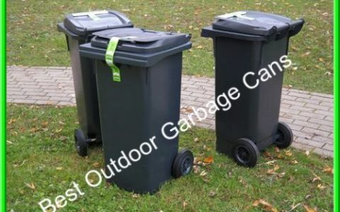 Outdoor garbage cans with wheels