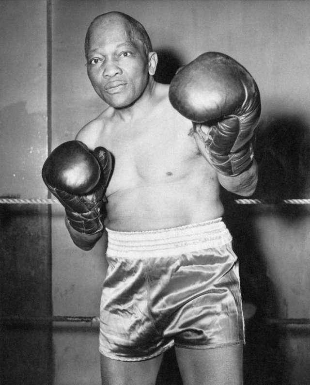 famous boxing player Jack Johnson