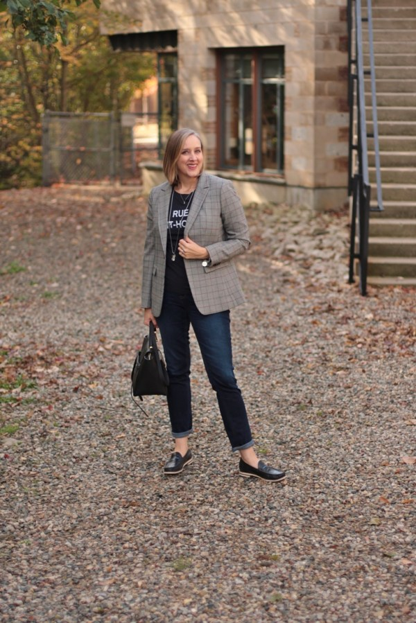 how to wear a checked blazer casually, 40 + style blogger, 40 + fashion blogger