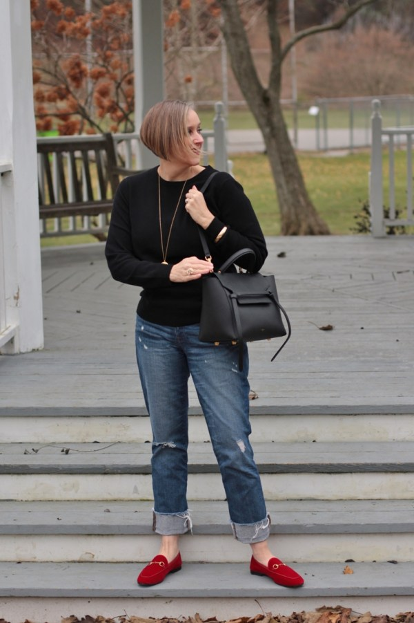 Who has the best cahmere, Everlane or Grana, 40 + style blogger