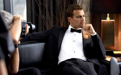Hugo-Boss-Theo-James
