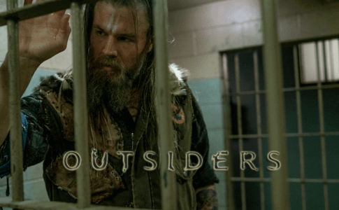 Review Outsiders Shadowside