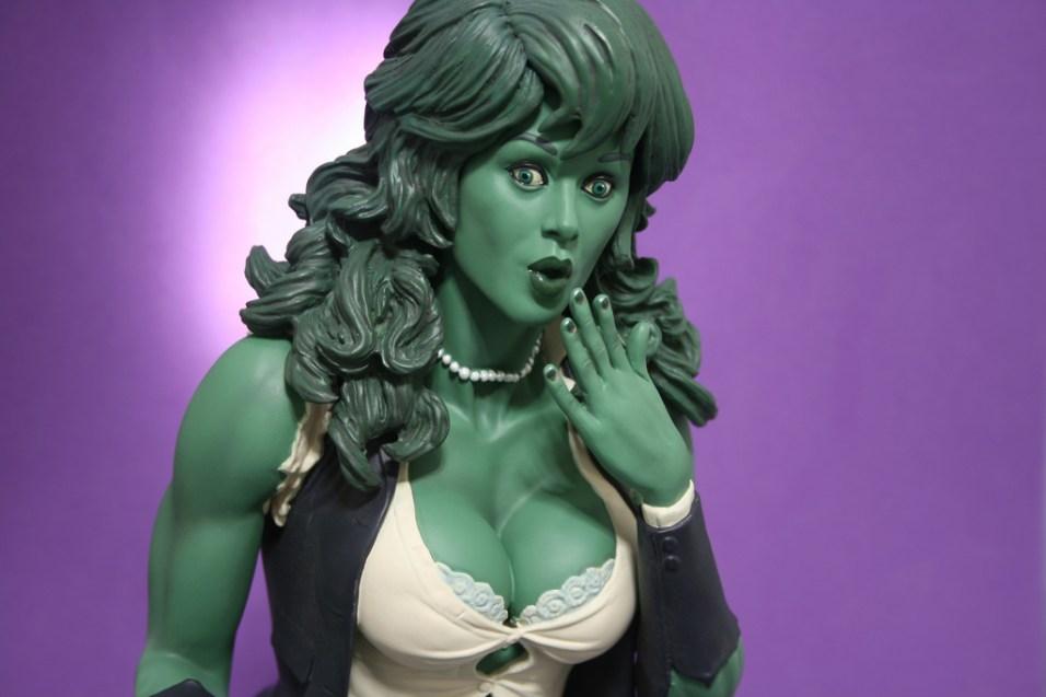 Adam Hughes She-Hulk Comiquette 005