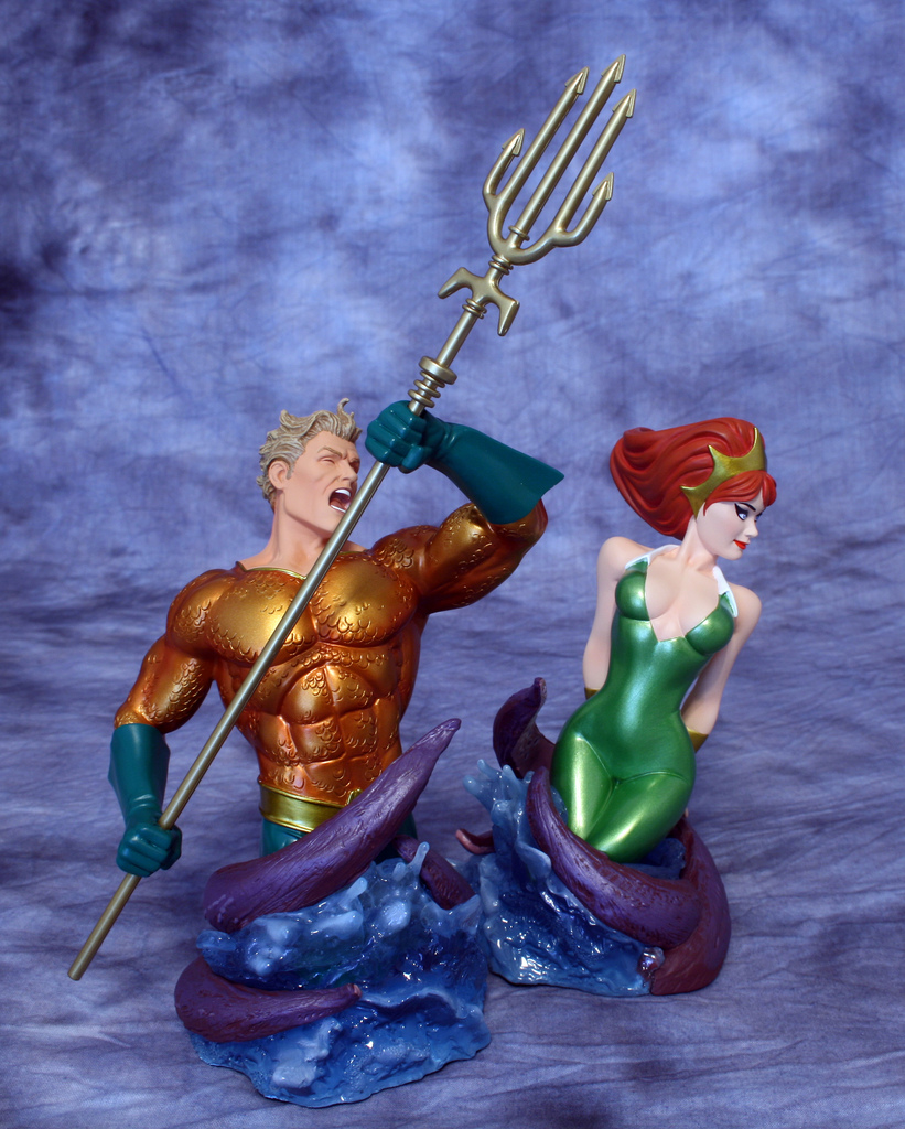 Aquaman and Mera 001