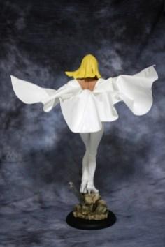 Emma Frost Premium Format Figure 003
