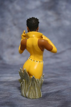 Women of DC Vixen Bust 003