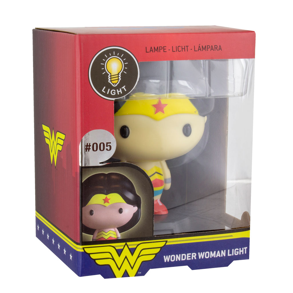 Wonder Woman 3D Character Night Light in box display