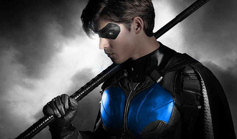 First Look at Nightwing Suit for 'Titans' Season 2 Finalé
