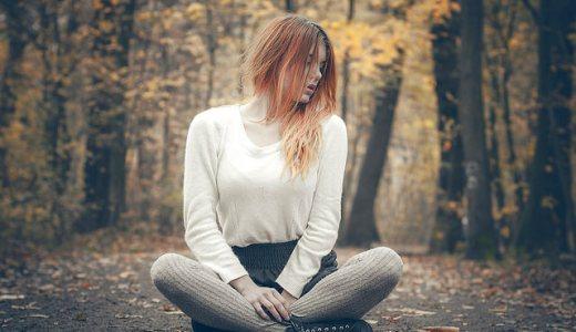 虚言癖のある女性の特徴7つ