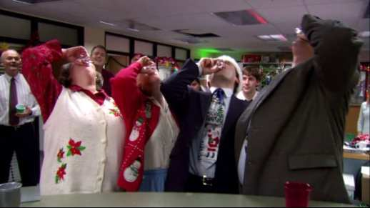 Christmas Party The Office.Tbt Revisiting The Office Secret Santa Episode Ft The Ipod Fan