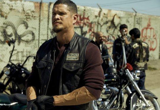 MAYANS M.C. -- Pictured: JD Pardo as EZ Reyes.