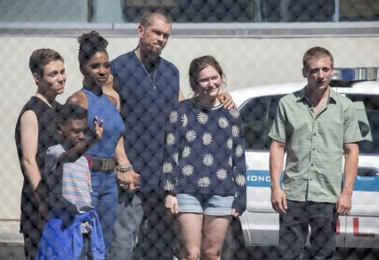 """Christian Isaiah as Liam Gallagher, Ethan Cutkosky as Carl Gallagher, Shanola Hampton as V, Steve Howey as Kev, Emma Kenney as Debbie Gallagher and Jeremy Allen White as Lip Gallagher in SHAMELESS (Season 9, Episode 06, """"Face It, You're Gorgeous""""). -"""