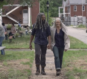Khary Payton as Ezekiel, Melissa McBride as Carol Peletier - The Walking Dead _ Season 9, Episode 6 - Photo Credit: