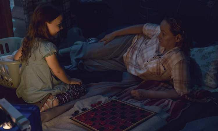 Scarlett Blum as Young Lydia, Samantha Morton as Alpha - The Walking Dead _ Season 9, Episode 10 -