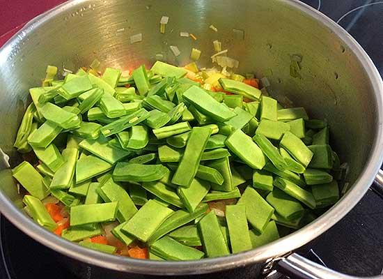 guiso de verduras, alubias verdes