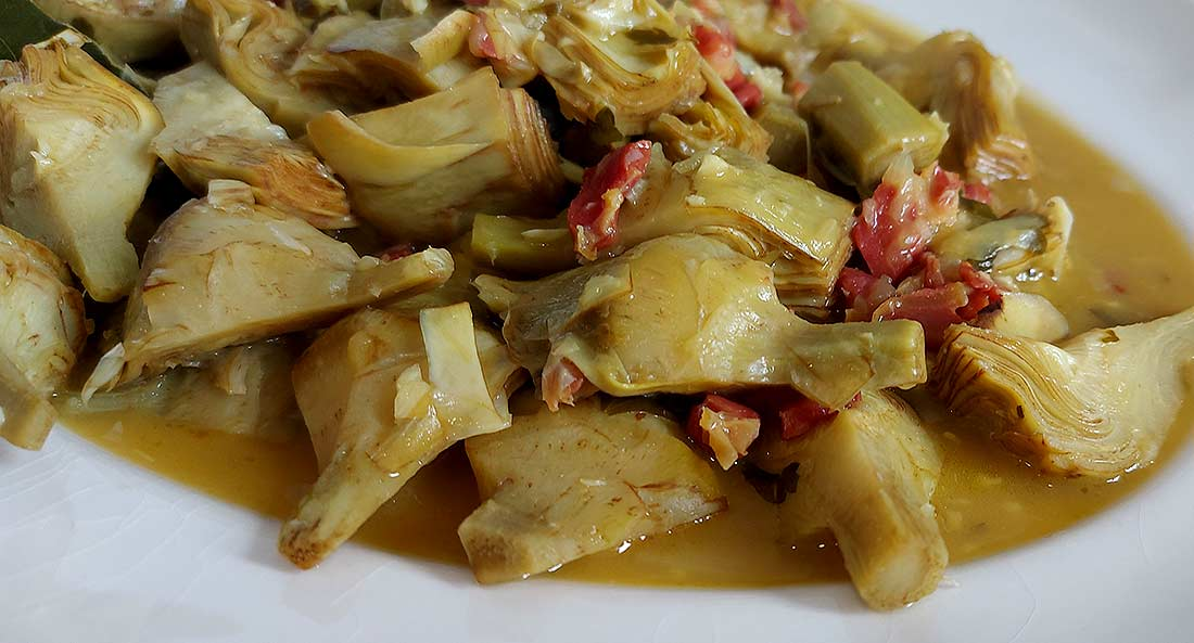 alcachofas con jamon, fanfood, vista destacada