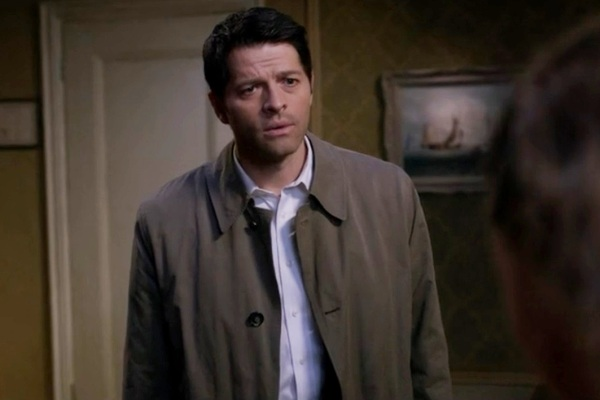Cas pleads with Claire