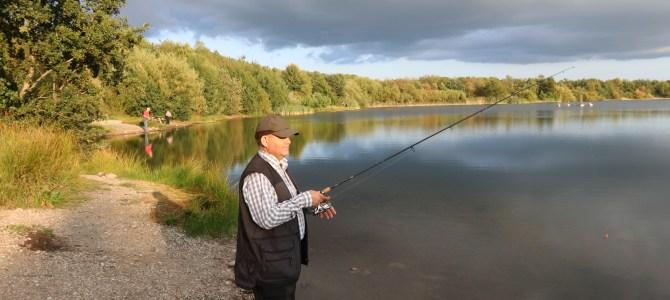 Mjøls Lystfiskeri: Dansk Blindesamfunds medlemmer fik en god tur lørdag aften
