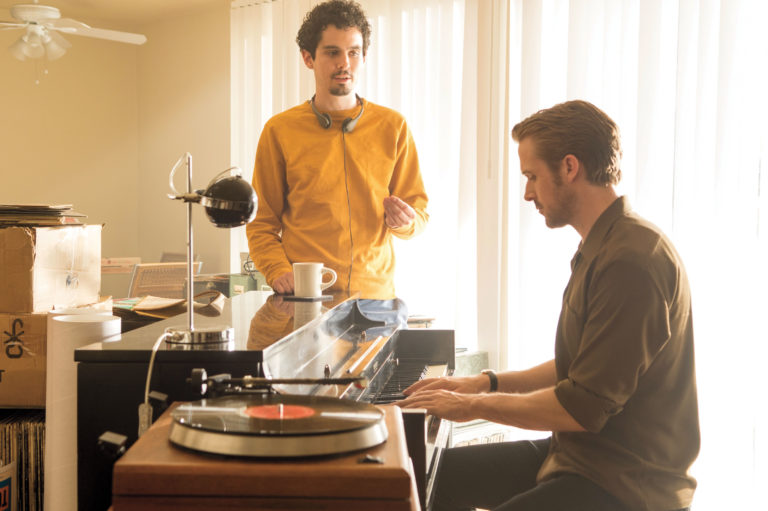 damien chazelle directing ryan gosling while he plays the piano in la la land