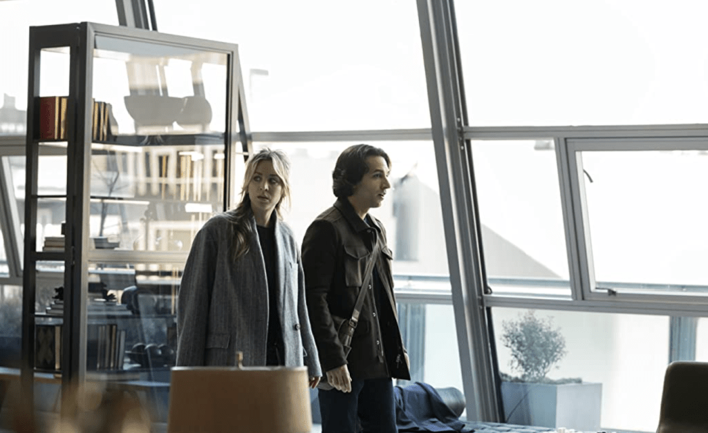 """'The Flight Attendant' 1x05 Review: """"Other People's Houses"""""""