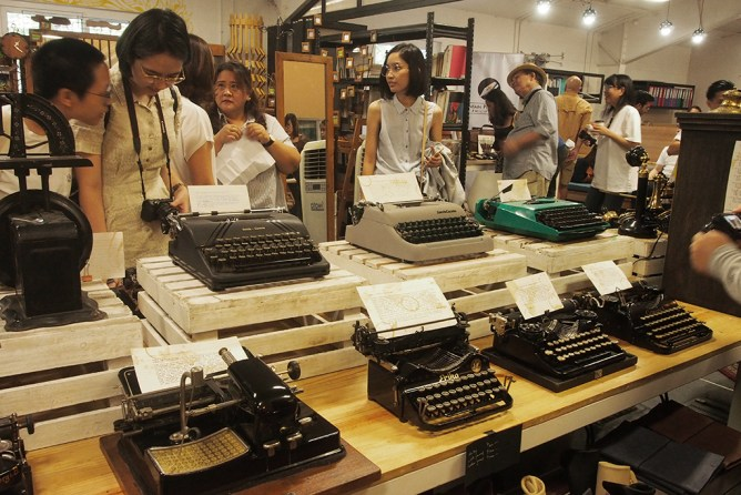 istorya vintage appreciation fair 2017 the curious artisan typewriters